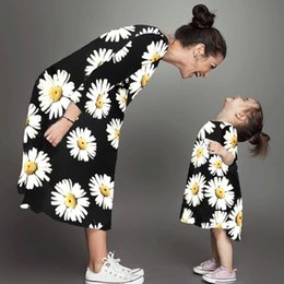 mother daughter clothes long sleeve Australia - Mommy And Me Dress Flowers Prints Sunflower Girl Family Matching Clothes Mother Daughter Floral Long Sleeve Women Mom Daughter Y190523