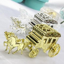 horse wedding gifts NZ - Wholesale-2016 10pcs Horse shape Cinderella Carriage Wedding Favor Boxes Candy Box Casamento Wedding Favors And Gifts decoration Supplies