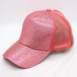 Ingrosso Cappello CC Etichetta Baseball Cap Donne Messy Bun Sequin Bling Cappello da baseball Ragazze Cappelli con visiera Cappelli estivi