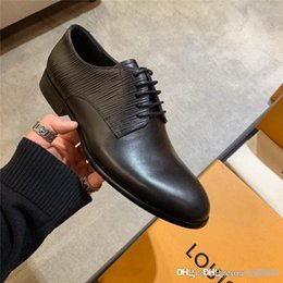 Wholesale men wear dresses weddings resale online - Men s business shoes WALL STREET DERBY A457F Luxury designer shoes Non slip wear resistant soles First layer of water dyed sheepskin