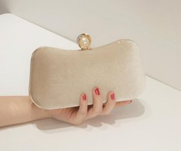 beige hand bag Australia - New velvet hot evening bag retro ladies handbag fashion ladies dinner bag cheongsam hand