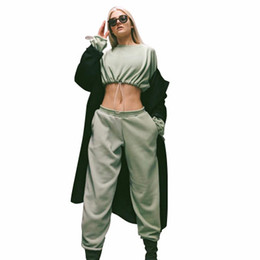 $enCountryForm.capitalKeyWord UK - High Quality New Women Tracksuits Long Sleeve Crop Tops and Pants Casual Women Two Piece Sets Outdoor Sports Outfit Suits A19