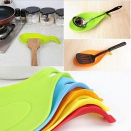 Kitchen Heat Resistant Mats Australia - Mat Kitchen Tools Silicone Mat Insulation Placemat Heat Resistant Put Spoon Desk Accessories Kitchen Accessories