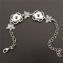 Butterfly Chain Bracelets Silver NZ - Alloy Antique Silver Insect Butterfly 12mm Snap Buttons Socket Bracelet Noosa Chunks Men Women Jewelry