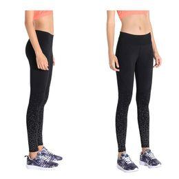 Sweat Yoga Pant Australia - Reflective Sweatpants Running Fitness Yoga Pants Women Moisture Absorbant Sweat-Wicking High-Elastic Capri Pants Outdoor Reflect