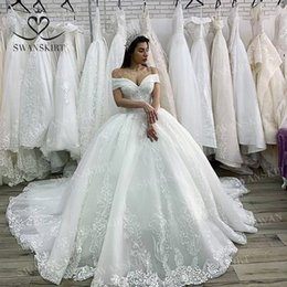 beaded lace applique wedding dresses Australia - Luxury Beaded Princess Wedding Dress 2020 Swanskirt Appliques Lace up Ball Gown Illusion Bridal Customized Vestido de Noiva