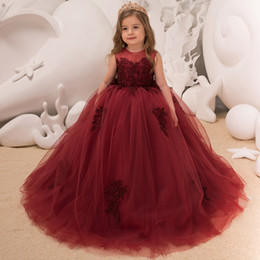 $enCountryForm.capitalKeyWord NZ - 2019 Burgundy Ball Gown Tulle Flower Girls Dresses Jewel Neck Sleeveless Lace Appliqued Corset Back Kids Formal Wear For Wedding