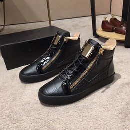 Italian Sneaker Shoes Men NZ - 2018 New brand Italian designer men sneakers women casual shoes genuine leather Lace-Up the high double zipper decorative 88968602