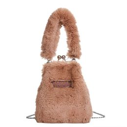 Chinese  Women's bag 2019 new fashion with single shoulder simple atmosphere plush handbag chic personality hand-pull bag manufacturers