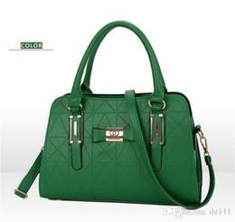 Vente en gros Marque De Mode Designer De Luxe Sacs femmes designer bandoulière messenger sac à bandoulière en cuir de haute qualité embrayage Totes brodés