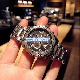 Luxury Watches World Australia - High-quality silver stainless steel watch world popular hot automatic watch super luminous sun moon stars fashion personality luxury watch