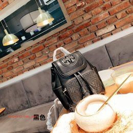 Backpack pictures online shopping - Designer Crossbody Bag Fashion Luxurys Brands Animal Picture Backpack Style Hot Selling Designers Letter Bags Women Men
