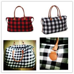 Patchwork Plaid Handbags Australia - Luxury Plaid Duffle Bag Men Sports Handbags Unisex Large Capacity Zipper Travel Totes Women Yoga Luggage Bag Camouflage Shoulder Bags A42201