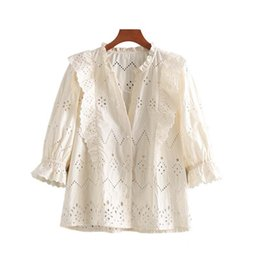 China Vintage omens tops and blouses Casual hollow out white blouse women summer ruffle shirts ladies tops korean boho clothing 2019 cheap vintage white ruffle blouse suppliers