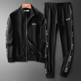 Wholesale pocket suit velour resale online – FF Luxury Men s Tracksuit Jackets Set Fashion Running Tracksuits Medusa Men Sports Suit Letter print Hoodies Clothing Sportswears