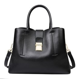 Single Cables Australia - Pop2019 Woman Bag Genuine Leather Bucket Handbag Will Capacity Single Shoulder Package All-match Cable Satchel