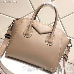 Moda de calidad superior de las mujeres Clásico bolso de lujo Antigona mini Tote Duffel Bag con Silver Hardware Diseñador bolso bandolera crossbody en venta