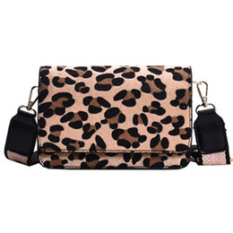 $enCountryForm.capitalKeyWord NZ - New Sexy Leopard Print Small Flap Bags For Women 2019 Winter Crossbody Bags Lady Shoulder Bag Fashion Retro Plush Handbags
