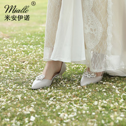 $enCountryForm.capitalKeyWord UK - Creative glass diamond shoe buckle Europe and the United States cross-border character joker wedding dress dress shoes JCL012
