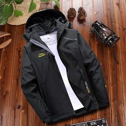 $enCountryForm.capitalKeyWord Australia - Autumn Outdoor Jacket Plus Size Ladies Winter Women's Winter Autumn Outdoor Pocket Hoodie Zipper Sport Assault Coat 2-5