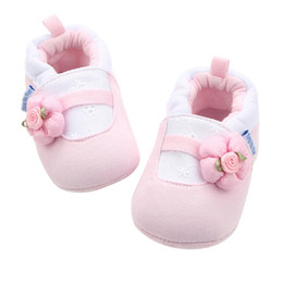 Beautiful Baby Shoes Australia - New Multicolor Beautiful Autumn Winter Warm Lovely Bowknot Soft Bottom Non-slip Toddler Cartoon Pattern First Walkers Baby Shoes