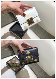 $enCountryForm.capitalKeyWord Australia - 2019 453505 latest style hot stamping honey short clip WOMEN WALLET CHAIN WALLETS PURSEWomen Handbag Shoulder Totes Mini Bag Clutches