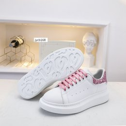 girls hot pink dress shoes Canada - HOT SALE Designer Shoes Party Dress Girls Ladies Women Shoes White Black Velvet Reflective Leather Mens Casual Sneakers 6