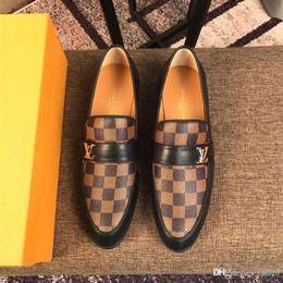 $enCountryForm.capitalKeyWord Australia - Top luxurious new mens designers dress shoes Genuine leather Metal snap Peas wedding Shoes classic fashion Men's shoes big size lo