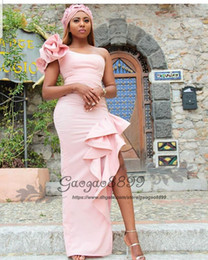 $enCountryForm.capitalKeyWord Australia - Chic blush pink split prom dresses mermaid african one shoulder Nigerian flower floor length cheap long formal celebrity evening party gowns
