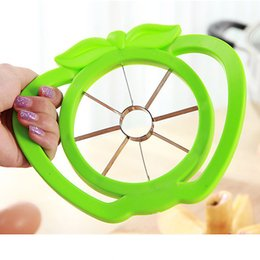 apple slicers UK - Kitchen Apple Slicer Cutter green red Plastic durable craetive Fruit Divider Comfort Handle Peeler Home Multifunction tool F127