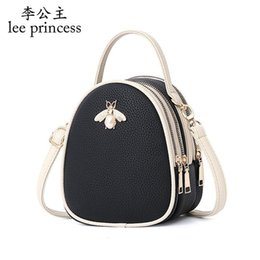 Pearl Ladies Handbag NZ - Lee Princess Lady Shoulder Bags Small For Women Imitation Pearl Bee Girls Handbags Luxury Messenger Bag Mini Female Bag Round