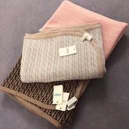 VENDITA CALDA bambino appena nato Knit coperte morbide bambini Swaddle Passeggino Bedding Covers Crochet di biancheria da letto di cura in Offerta