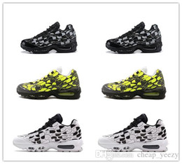 $enCountryForm.capitalKeyWord Australia - High quality Hot Sale 95s Men Running Shoes LOGO PACK Volt Glow ERDL Party Overbranding Total Solar CAMO PACK Designer Shoes Size 40-45