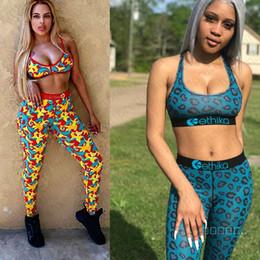 Женщины Swimsuit 2 Piece Set Design Спортивный бюстгальтер жилет + брюки Леггинсы Купальники Камуфляж Leopard акулы Tracksuit Пот Костюм D42401 на Распродаже