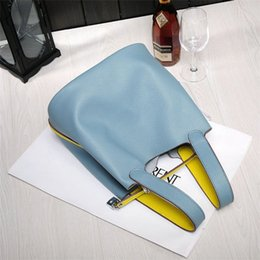 Ladies Navy Handbags Australia - Wholesale- 2016 New Women's handbags H famous brands top quality Genuine leather bags designer brand picotin lock ladies shopping bag w002