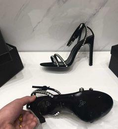 $enCountryForm.capitalKeyWord Australia - 2018 Fashion luxury designer high heels wedding bride red soles talons high hanging dress shoes