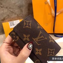 $enCountryForm.capitalKeyWord Australia - Newest Genuine Leather Keychian Wallet Designer Brand Key Bag Card Holder Classic Vintage Key Wallets for Men Women Best Gift Car Keychians