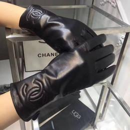 Top qualité en cuir luxe marque de mode originale dames hiver gants en peluche lapin cheveux bouche doux chaud en peau de mouton doigt gants