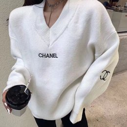 Wholesale women sweaters resale online - The latest fashion style in autumn winter is v neck pullover sweater loose and comfortable sweater for women free of postage