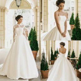 $enCountryForm.capitalKeyWord NZ - Elegant Strapless Wedding Dresses With Detachable Jacket 2019 Lace Appliques For Western Style Chapel Train Satin Bridal Gowns