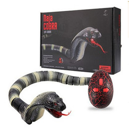 Wholesale 1Pcs Plastic Infrared remote control Cobra Funny Gadgets Novelty Surprise Practical Jokes Simulation Animal Prank RC Snake Toy Mischief Toy