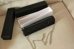 Großhandel C Klassische Kamelie Blumenschirm Luxus Logo 3 Falten Vollautomatische Sonnenschirm mit Geschenk Box Und Kette Tasche für VIP Client
