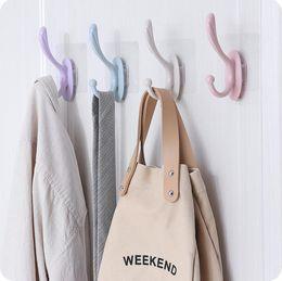 $enCountryForm.capitalKeyWord Australia - New Plastic Hook For Bathroom Clothes Hook Loop Towel Hanger Bag Pothook Bathroom Ropa Tendida Kleren Opknoping Hang Tool