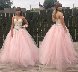 yellow coral beads Australia - Unique Design Pink Quinceanera Dresses Strapless Open Back Beads Ball Gown Crystal Formal Party Prom Dresses For Sweet 16 Vestidos De Fiesta