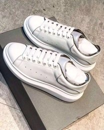 $enCountryForm.capitalKeyWord Australia - Fashion cheaper shoes designer ace causal shoes with flash glow leather Sneakers