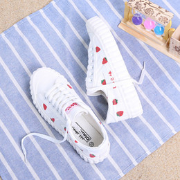 $enCountryForm.capitalKeyWord Australia - HOT Thin Korean version of strawberry canvas shoes Fashion student comfortable sneakers Spring and autumn breathable casual shoes
