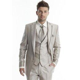 Abiti da uomo di alta qualità Abiti da uomo Groomsmen Abito da sposa su misura One Button Suit a tre pezzi Abiti da sposa (giacca + pantaloni + gilet) in Offerta