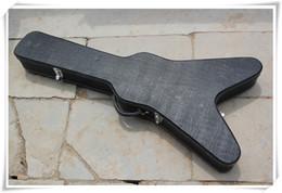 Flying V nero Hardcase per speciale chitarra elettrica, il colore può essere personalizzato come vostra richiesta in Offerta