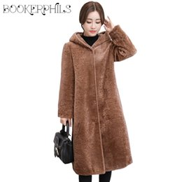 Wholesale Autumn Faux Fur Coat With Hood Big Size Loose High Quality Thick Warm Women Jacket Winter Overcoat Artificial Fur Coats M XL