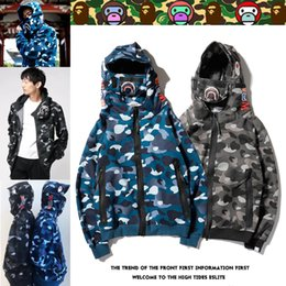 cool sweatshirt jackets Australia - Fashion Street Camo Jackets Mens Winter Zipper Hoodies Fleece Women Sweatshirts Cool Mask Hooded Pullover Luxury Jackets Hiphop EAR B103568L